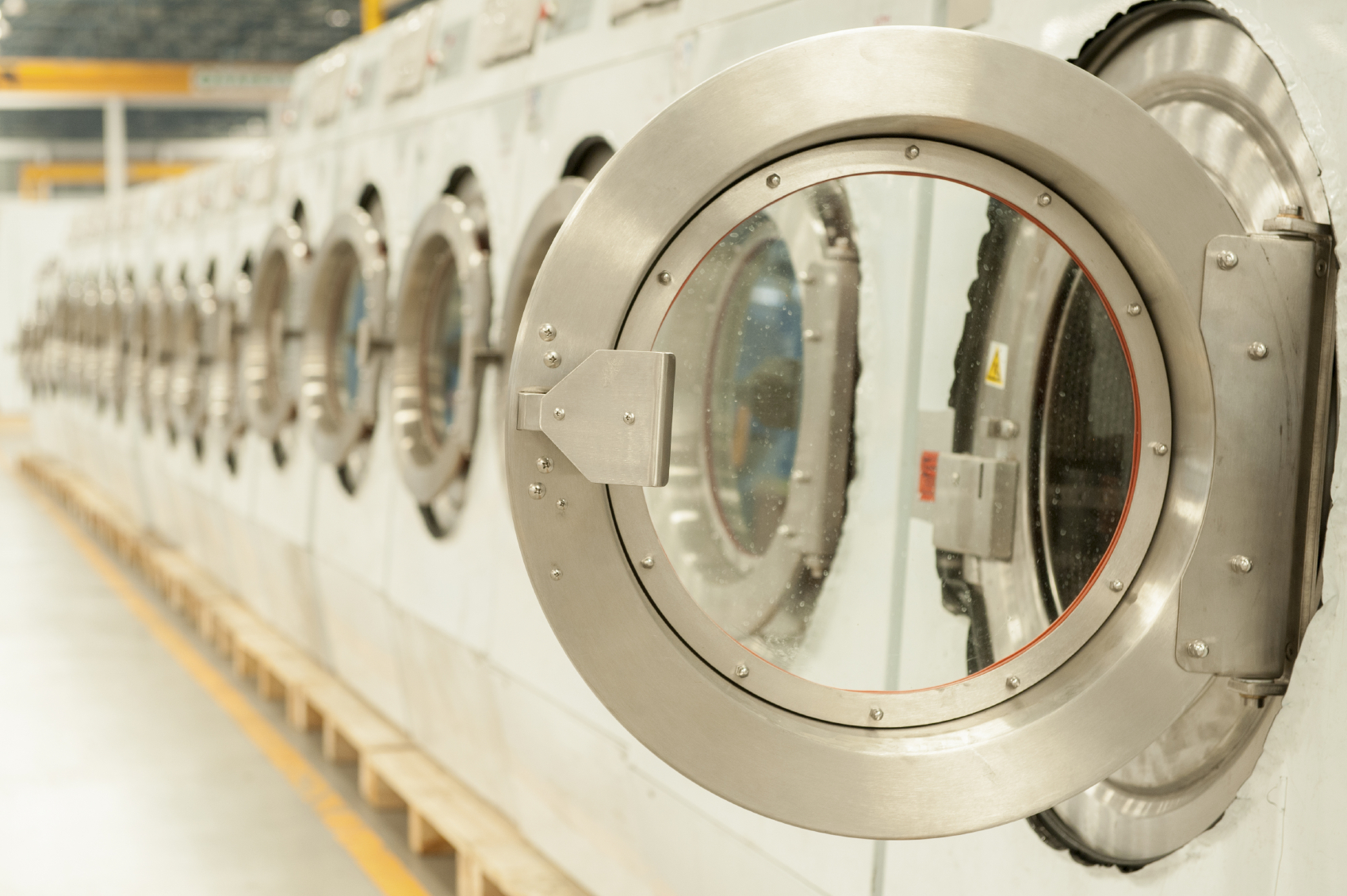 Commercial Washers And Dryers Choosing The Right Coin Or