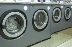 Pros and Cons of Coin Laundry