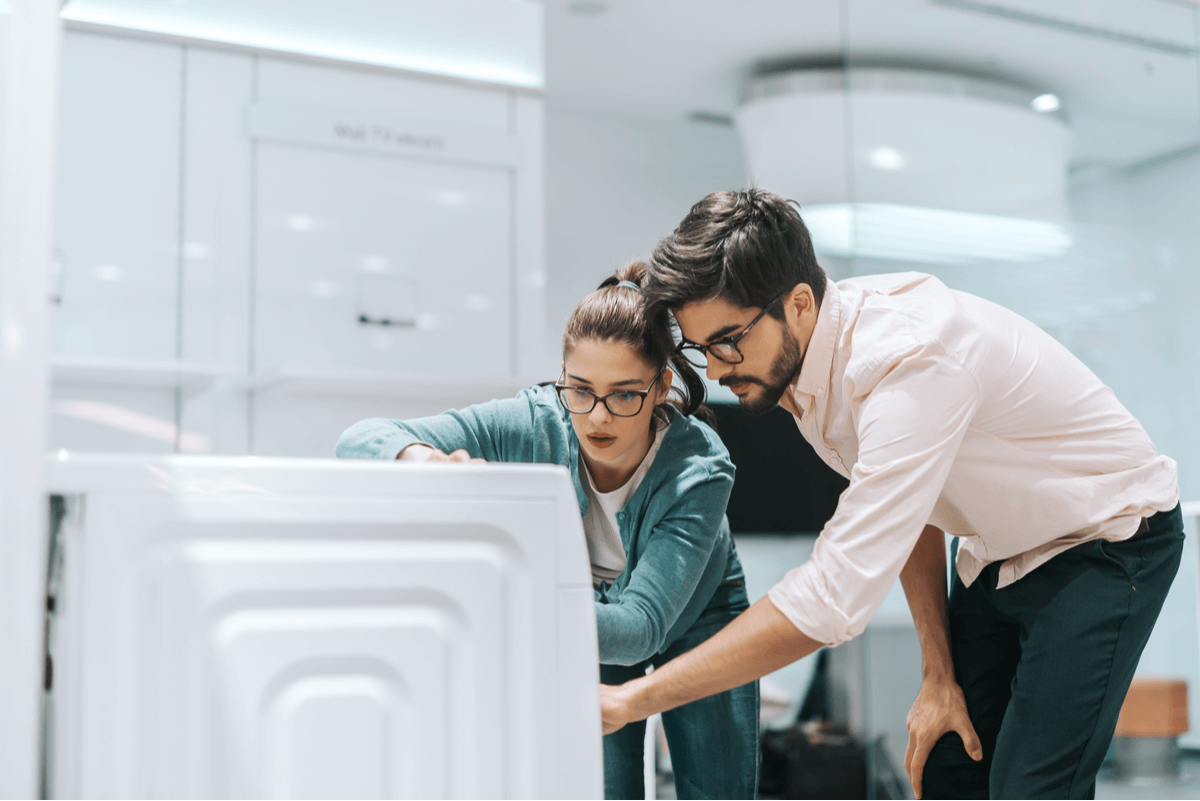 Things to Know Before Leasing New Laundry Equipment