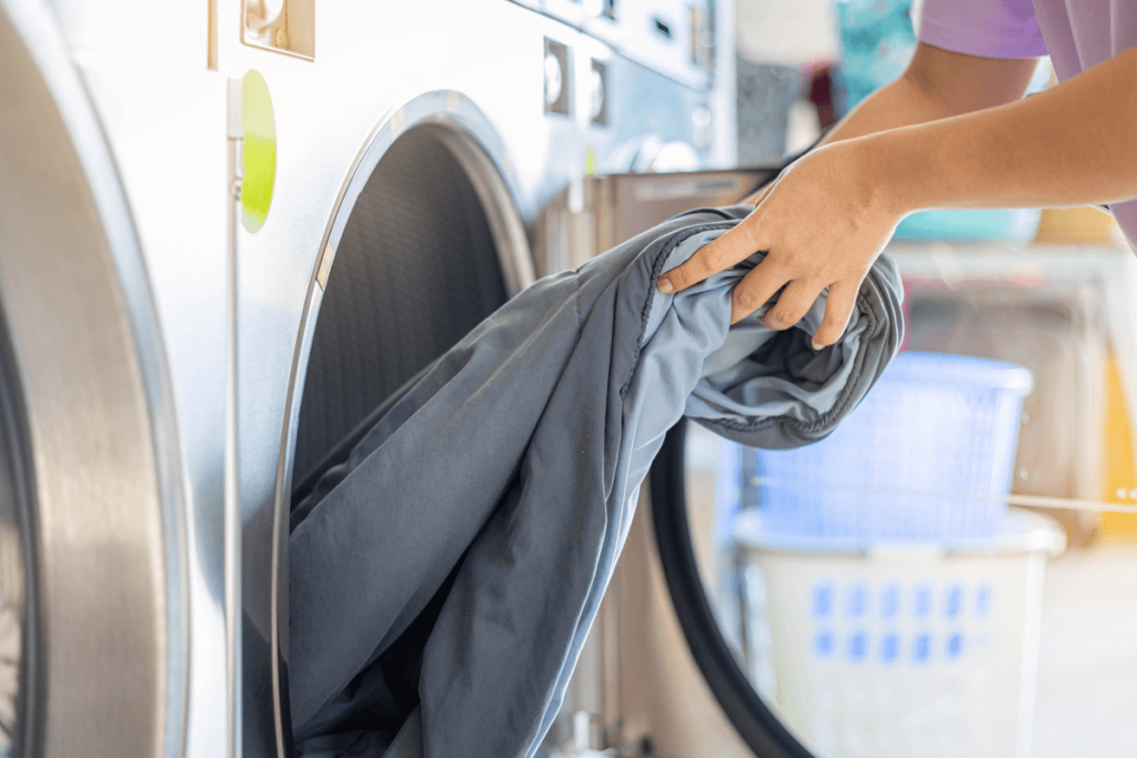 What to Look for When Purchasing Used Commercial Washers and Dryers